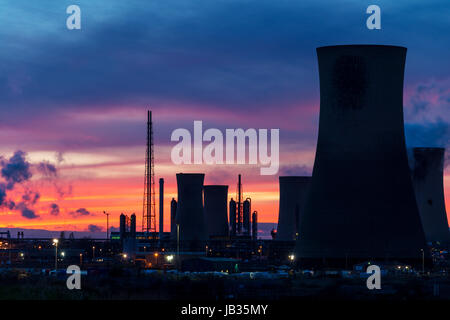 Industrial Teesside at sunset - Stock Photo