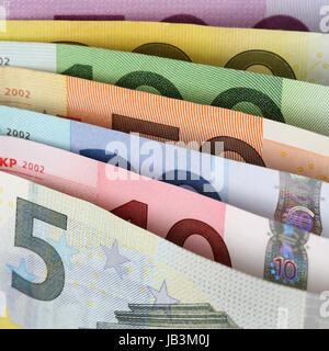 Alle aktuellen Euro Scheine der EU hintereinander - Stock Photo