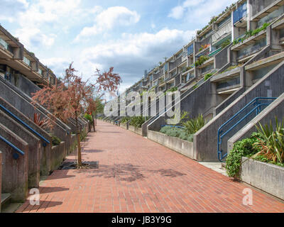 LONDON, ENGLAND, UK - MAY 06, 2010: The Alexandra Road estate designed in 1968 by Neave Brown applies the terraced - Stock Photo