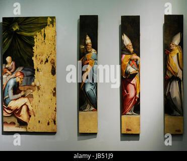 Sacristy of St Giovanni Carbonara by Giorgio Vasari (1511-1574) and Cristofano Gherardi (1508-1556). From left to - Stock Photo