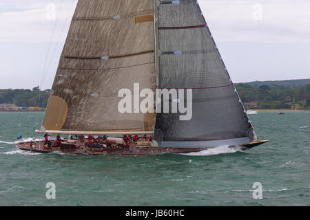 J-Class yacht 'Velsheda' (K7) powers up the second beat of Race 2 of the J Class Solent Regatta, July 2012 - Stock Photo