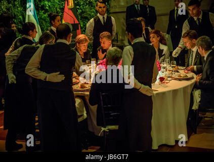 Buenos Aires, Argentina. 08th June, 2017. dpatop - German Chancellor Angela Merkel (CDU) talks to Argentina's President - Stock Photo