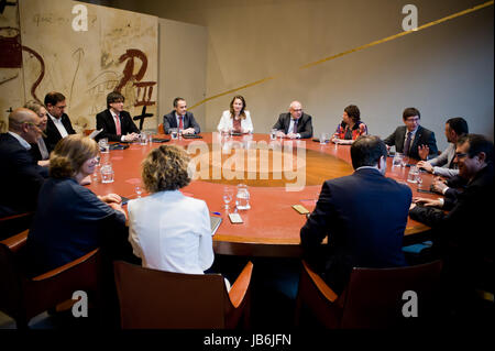 Barcelona, Catalonia, Spain. 9th June, 2017. Catalan regional president CARLES PUIGDEMONT and members of it's cabinet - Stock Photo