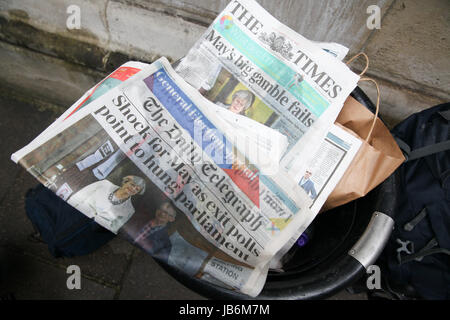 London, UK. 9th Jun, 2017. Daily newspapers in the bin in Downing Street. Credit: Dinendra Haria/Alamy Live News Stock Photo