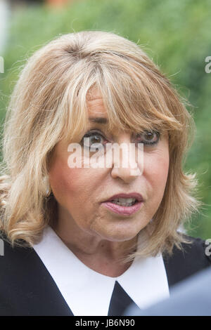 London, UK. 9th June, 2017. Eve Pollard former editor of The Mirror newspaper gives her reaction to the media on - Stock Photo