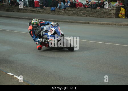 Isle Of Man, British Isles (UK). 9th June, 2017.  Fan Favorite and rising star, number 10, Peter Hickman on his - Stock Photo