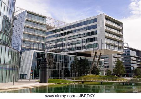 Modern Architecture Vienna vienna austria ''viertel zwei'' modern business and residential