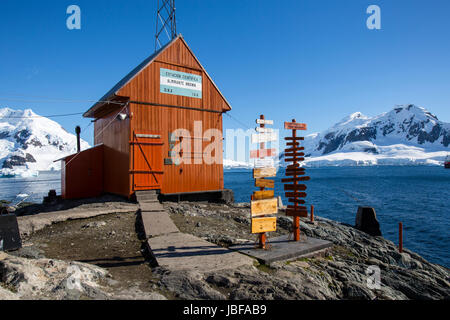 Almirante Brown Argentina research station, Antarctica - Stock Photo