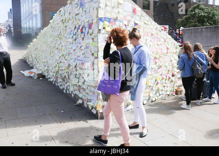 London UK. 11th June 2017. It has been  a week since the London Bridge and Borough market attacks when  three terrorists - Stock Photo
