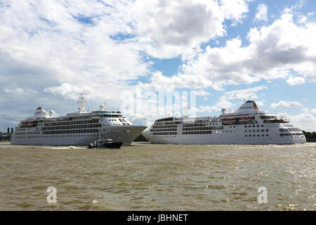 Greenwich, London, United Kingdom. 11th June, 2017. In a rare happening, two Silversea sister cruise ships Silver - Stock Photo