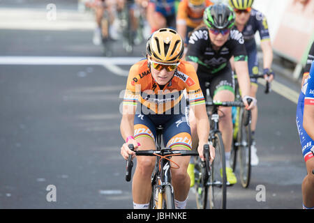 London, UK.  11th June 2017. Final stage of the 2017 Women's Tour of Britain. Lizzie Deignan. Credit: Neville Styles/Alamy - Stock Photo