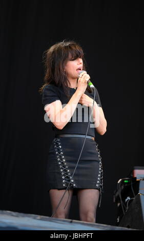 Newport, Isle of Wight, UK. 11th June, 2017. Isle of Wight Festival Day 4 - Irish singer Imelda May  performing - Stock Photo