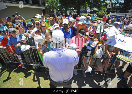 Memphis, TN, USA. 09th June, 2017. Fans gather for autographs during the second round of the FedEx St. Jude Classic at TPC Southwind in Memphis, TN. Austin McAfee/CSM/Alamy Live News