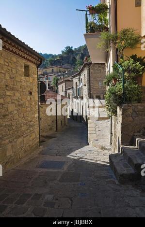 Alleyway. Castelmezzano. Basilicata. Italy. - Stock Photo