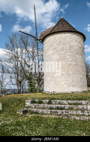 DOME VILLAGE DORDOGNE - OLD WINDMILL - PERIGORD FRANCE© Frédéric BEAUMONT - Stock Photo