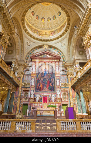 TURIN, ITALY - MARCH 15, 2017:  The Main altar and presbytery of chruch Basilica Maria Ausiliatrice withe the painting - Stock Photo