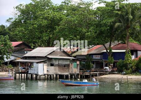 Asien, Suedost, Singapur, Insel, Staat, Stadt, City, Insel, Palau Ubin, Haus, Holzhaus, Alltag, Urspruenglich, Dorf, - Stock Photo