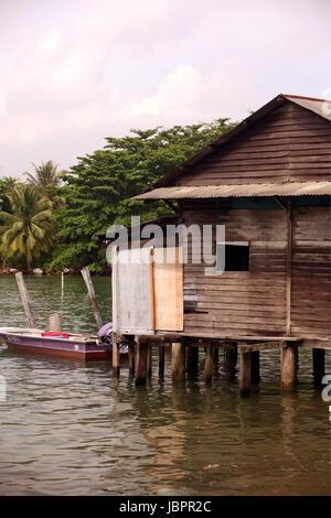 Asien, Suedost, Singapur, Insel, Staat, Stadt, City, Insel, Palau Ubin, Haus, Holzhaus, Alltag, Urspruenglich, - Stock Photo
