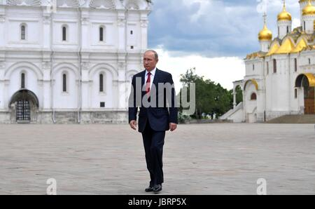 Moscow, Russia. 12th June, 2017. Russian President Vladimir Putin walks through Cathedral Square on his way to a - Stock Photo