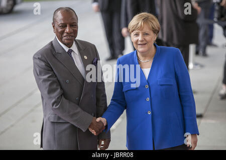 Berlin, Germany. 12th June, 2017. German Chancellor Angela Merkel is Seen Greeting Assembly Chair of the African - Stock Photo