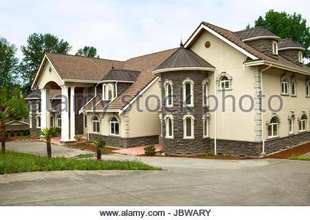 Beautiful suburban single family house stock photo for A la maison westlake village