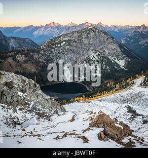 Snow covered mountain peaks, cascade mountain range, Diablo, Washington, USA - Stock Photo