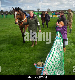 trainer owner and officials at Eggesford hunt point to point the riders are amature and the horses qualify if they - Stock Photo