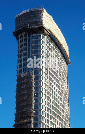 center point tower building london restoration work - Stock Photo