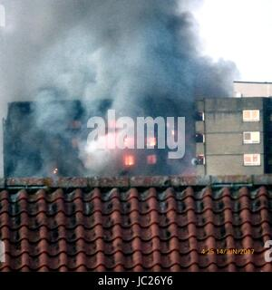 London, UK. 14th June, 2017. Screams heard as huge fire engulfs Residential West London Tower Block Credit: Kevin - Stock Photo