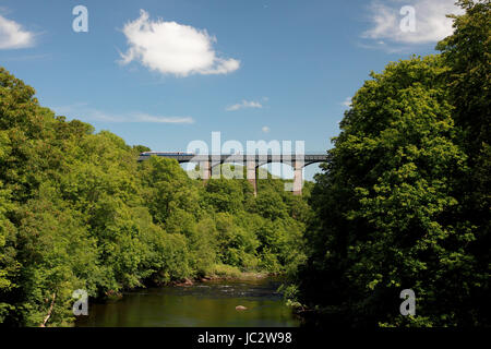 Pontcysyllte Aqueduct which carries the Llangollen Canal over the river Dee in north Wales seen from Froncysyllte - Stock Photo