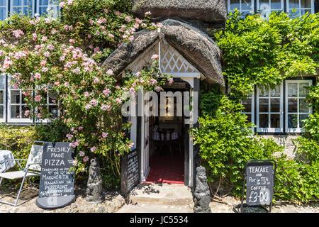 Thatched Tea room, Godshill, Isle of Wight, UK - Stock Photo