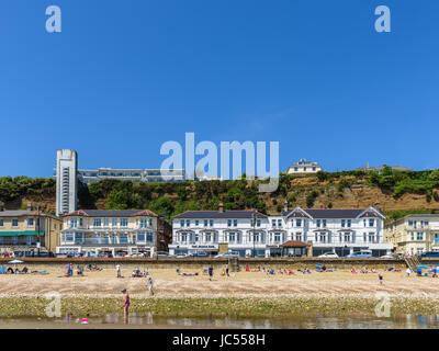 Shanklin beach, Esplanade, Cliff Lift, Isle of Wight, UK - Stock Photo