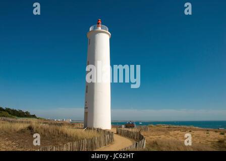 France, Poitou-Vende, Poitou-Vendee, Charente maritime, Saint Hilaire de Riez, Saint-Gilles-Croix-de-Vie, lighthouse, - Stock Photo