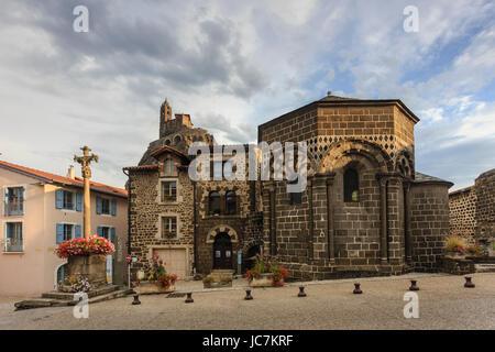 France, Haute-Loire (43), Le Puy-en-Velay, Aiguilhe, la chapelle Saint Clair // France, Haute Loire, le Puy en Velay, - Stock Photo