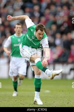 ANTHONY STOKES HIBERNIAN FC TYNECASTLE EDINBURGH SCOTLAND 20 March 2010 - Stock Photo
