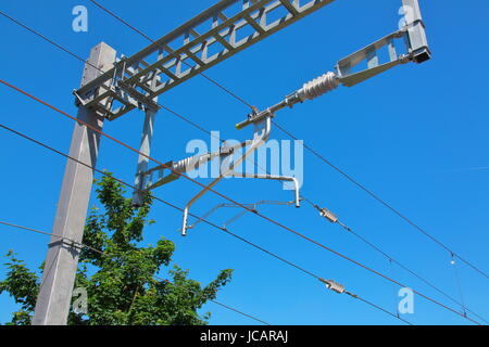 Newly installed Overhead Line Equipment (OHLE) as part of Network Rails electrification program between London and - Stock Photo