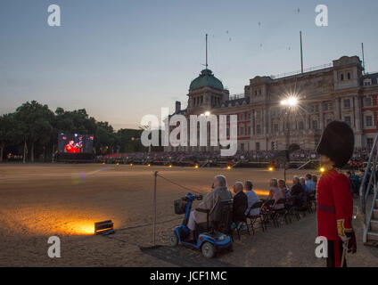 Horse Guards Parade, London, UK. 14th June 2017. The Household Division of the British Army perform the firework - Stock Photo