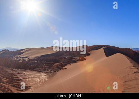 Die große Sanddüne,  Valle de la Luna, Tal des Mondes, Atacamawüste, Chile - Stock Photo