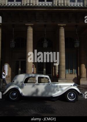 Classic car citroen 11 cv commercial built 1955 56 41 for Daylight motors beaumont tx