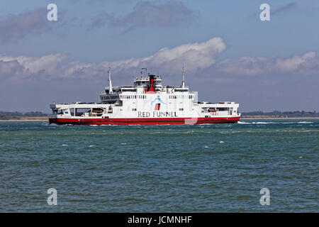 Red Funnel 'Raptor Class' RO-RO roll on - roll off Southampton to East Cowes car & passenger ferry - Stock Photo