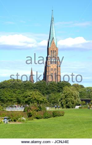 St. Petri Dom in Schleswig - Westseite von den Königswiesen, dem Schleswiger Stadtpark fotografiert. - Stock Photo