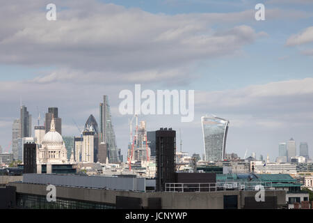 River Thames, London, UK. 16th June, 2017. UK Weather: Warm sunny day with light cloud over London skyline. Panoramic - Stock Photo