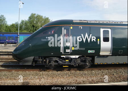 GWR liveried class 800 IET sits in Swindon station on a test run between London Paddington and Taunton on 16/06/2017. - Stock Photo