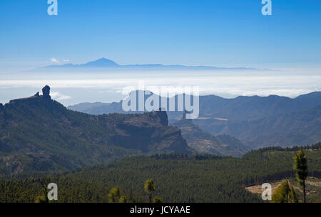 Gran Canaria, view from Pico de Las Nieves towards Teide on Tenerife, Roque Nublo to the left, Roque Bentayga to - Stock Photo