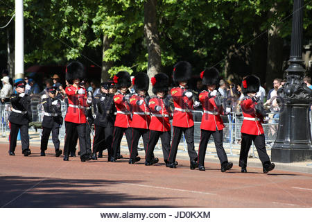 London, UK. 17th June, 2017. Six sergeants, and a company sergeant major of the Coldstream Guards marching along - Stock Photo