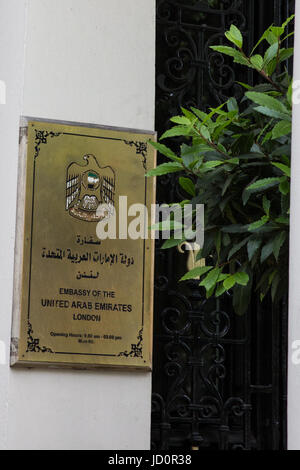 London, UK. 17th June, 2017. A plaque outside the embassy of tyhe United Arab Emirates. Credit: Mark Kerrison/Alamy - Stock Photo