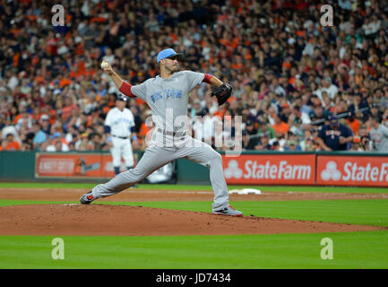 Houston, TX, USA. 17th June, 2017. Boston Red Sox starting pitcher Rick Porcello (22) during a Major League Baseball - Stock Photo