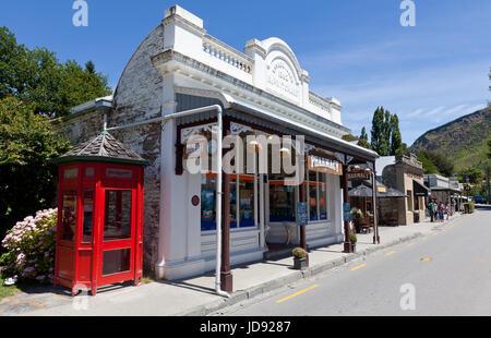 Arrowtown Pharmacy, Arrowtown, Otago, South Island, New Zealand - Stock Photo