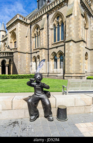 Oor Wullie statue at The McManus art gallery and museum in Albert Square Dundee Tayside Scotland UK - Stock Photo