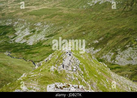Llech Ddu spur (Crib Lem) scramble route to Carnedd Dafydd above Cwm Pen Llafar in Carneddau mountains of Snowdonia - Stock Photo
